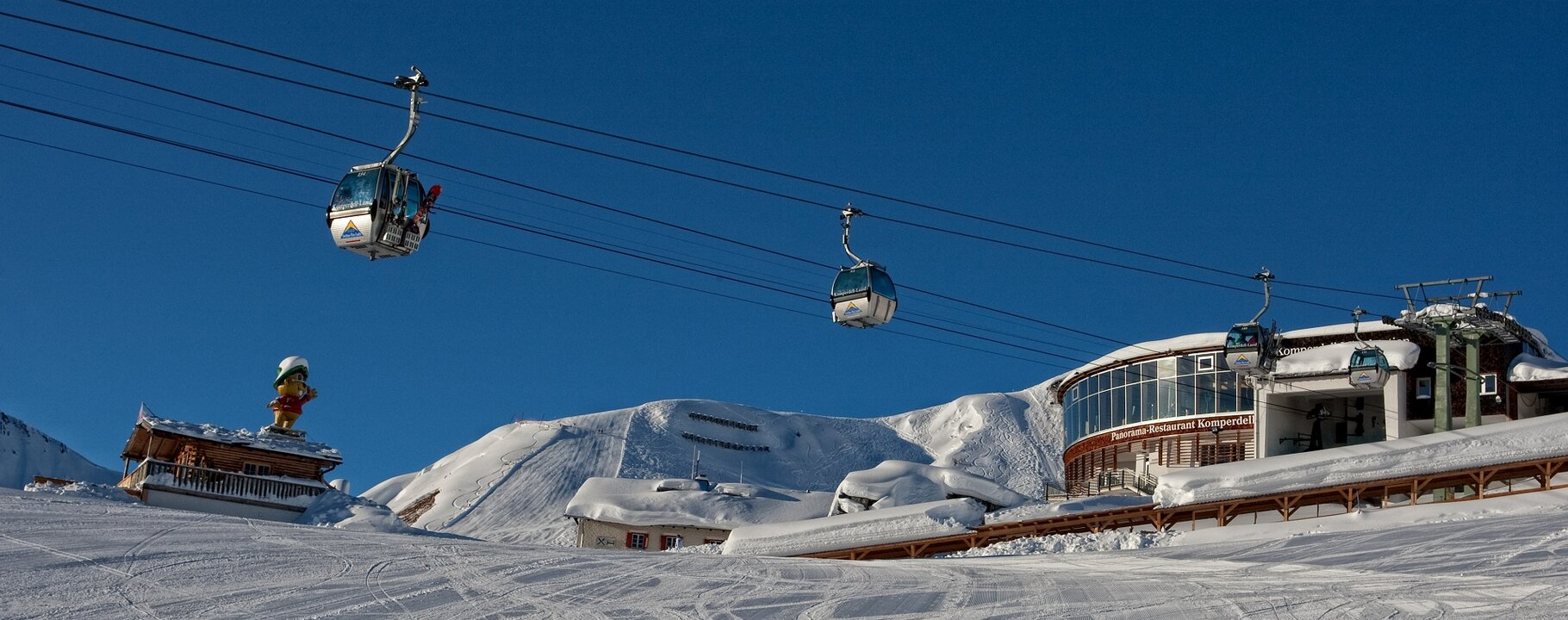 Komperdellbahn cable car Serfaus and the Komperdell Panoramic Restaurant | © Serfaus-Fiss-Ladis/Tirol