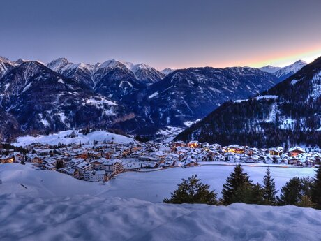 evening ambience in Serfaus in winter | © Serfaus-Fiss-Ladis/Tirol