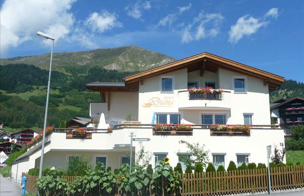 Apart Diana | Ferienwohnung / Appartement in Fiss ...